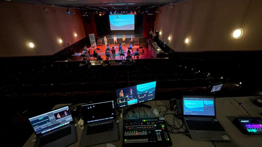 Theaterbenodigdheden en technische ondersteuning